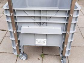 Achterzijde van Minipalletbox